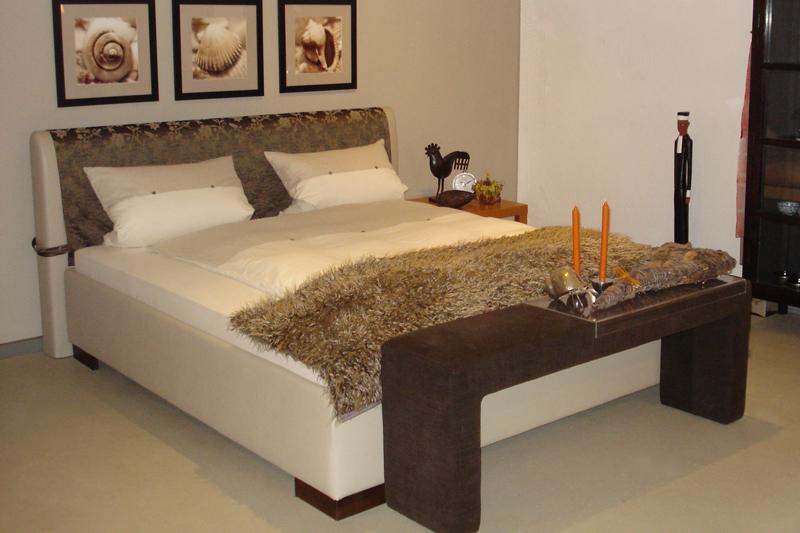 wohnform werkst tten bettgestelle und schlafsofas betten kramer. Black Bedroom Furniture Sets. Home Design Ideas
