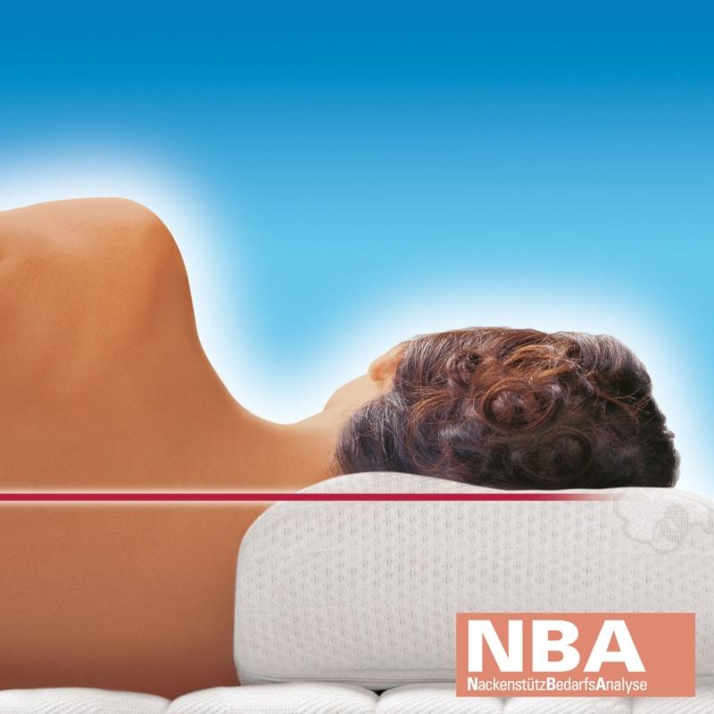 Das Nackenstützkissen Cervical kann, angepasst an den eigenen Körper, Nackenverspannungen vorbeugen.