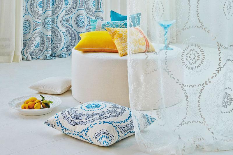 dekorative kissenbez ge und stoffe betten kramer. Black Bedroom Furniture Sets. Home Design Ideas